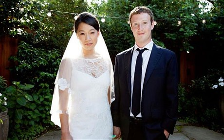 Mark Zuckerberg with wife Priscilla Chan